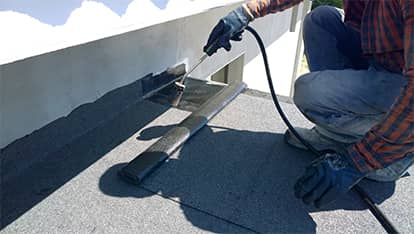 Commercial roofing - roof repair in Denver